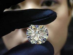 خواص متمایز الماس