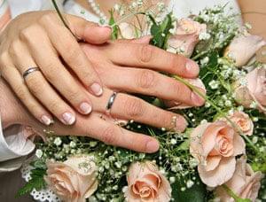 آیا میدانستید که (سنت حلقههای نامزدی الماس) درطول تاریخ سابقه چندان طولانی ندارد؟ و آیا میدانید چرا سمبل حلقه، ...