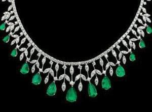 یکی از ربالنوعها در میان جواهرات است که قادر به القاء کیفیتهای الهی از طریق زیبایی و قدرت طیفهایش است ...