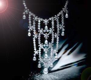 گاهی سرعت تحولات و تغییرات آن چنان هستند که باید به مانند زنگ فرض شوند. الماسهایی که صدها میلیون سال در بستر ...