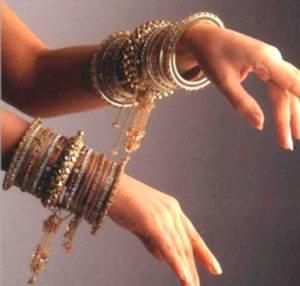 آناتولیها پردازش طلا را ۶۰۰۰ سال پیش آموختند. این فلز گرانبها و جادویی در دنیای جواهرات یکی از اقلام حیاتی و ضروری ...