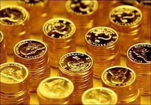 به نقل از صدا و سیما، محمد کشتی آرای با بیان اینکه این حباب همان فاصله قیمتهای واقعی سکه بهار آزادی (متناسب با نرخ ارز داخلی و قیمت جهانی طلا) و قیمت های بازار است که البته افزایش تقاضا باعث ایجاد حباب شده است و حتما با تعادل عرضه و تقاضا کاهش خواهد یافت و حذف می شود، گفت: در سالی که گذشت قیمت جهانی طلا در ابتدای سال ۹۵ تا پایان سال یکسان و حدود ۱۲۰۴ دلار در هر اونس بوده است هرچند نوسان ۱۵۰ دلاری در طول سال دیده شد.