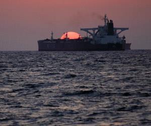 سقوط نفت از ترس تولید بالاتر اوپک